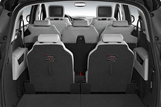 nieuw peugeot 5008 autofans. Black Bedroom Furniture Sets. Home Design Ideas