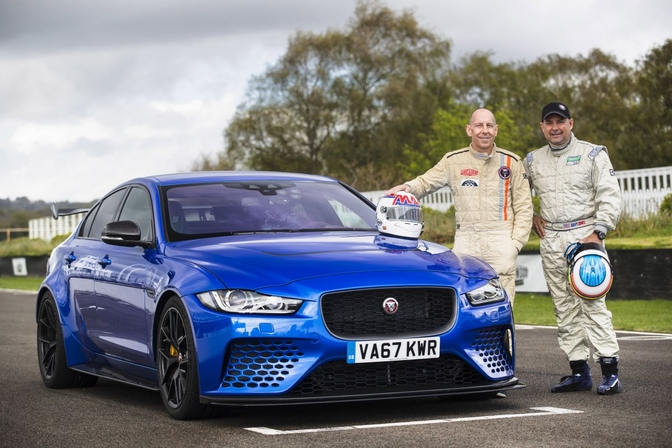jaguar_xe_sv_project_8