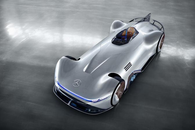 mercedes-vision-eq-silver-arrow-2018