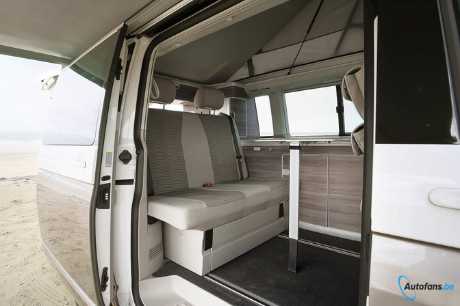 rijtest volkswagen t6 california 39 ocean 39 2018 autofans. Black Bedroom Furniture Sets. Home Design Ideas
