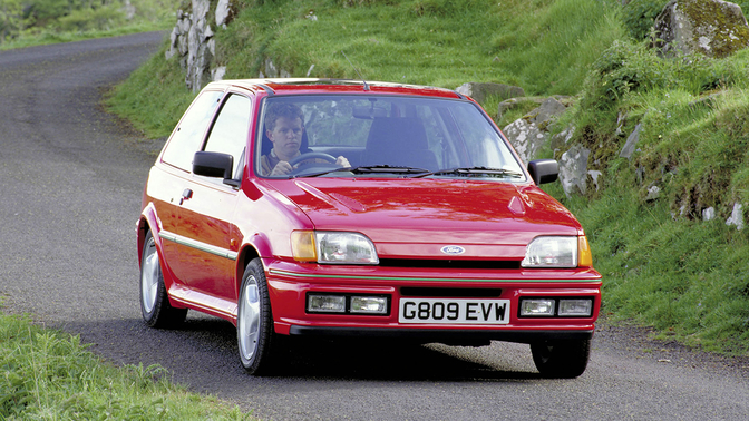 ford_fiesta_rs_turbo_1989