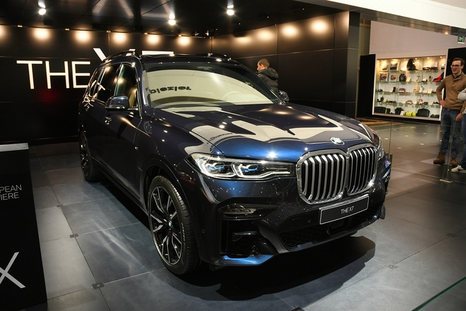 bmw x7 suv autosalon brussel 2019