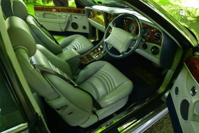 bentley-continental-sc-vergeten-auto