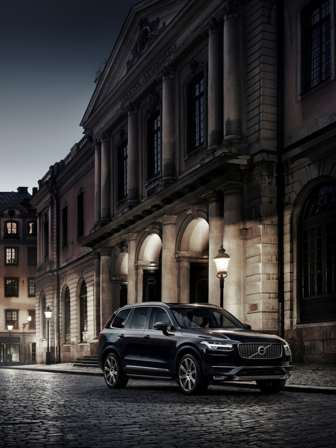 volvo-xc90-first-edition_03