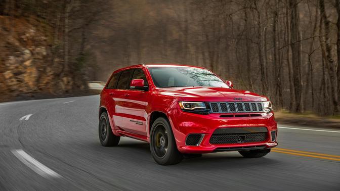 jeep-grand-cherokee-trackhawk-2017_02