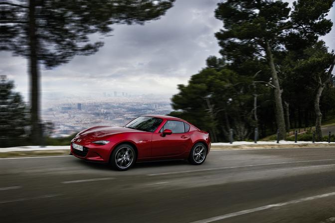 Mazda-MX-5-RF-Rijtest