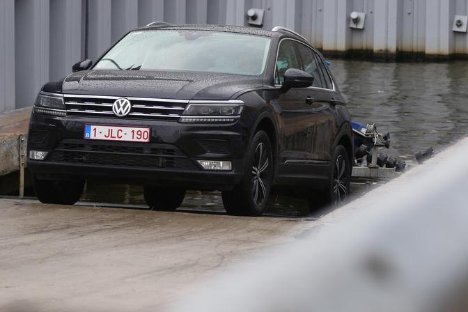 Yamaha-Meets-Volkswagen-Trailer-Assist