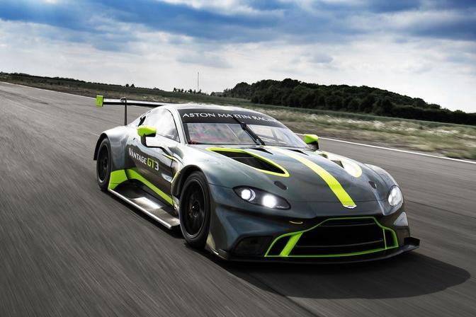 Aston Martin DTM Vantage