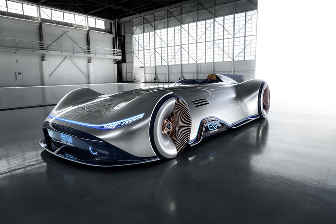 mercedes-vision-eq-silver-arrow-2018_03
