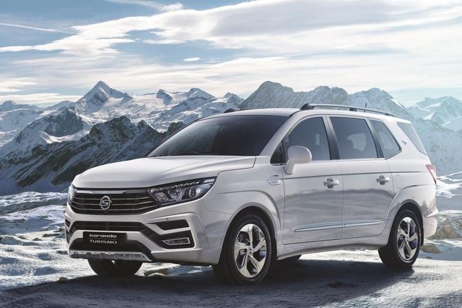 ssangyong-rodius-facelift-2018-korandoturismo-1