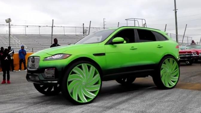 Deze Jaguar F Pace Donk Rolt Op 32 Duims Velgen Autofans