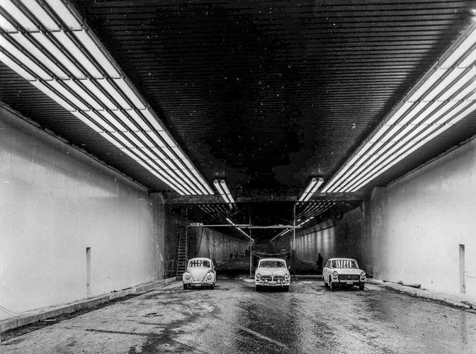 50-jaar-kennedytunnel-awv-in_de_tunnel-7