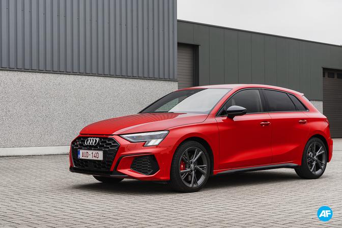 Audi S3 rijtest video Autofans