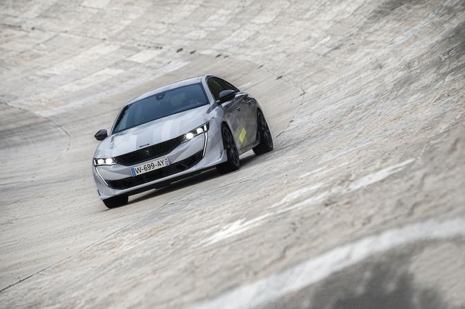 Peugeot 508 PSE 2020
