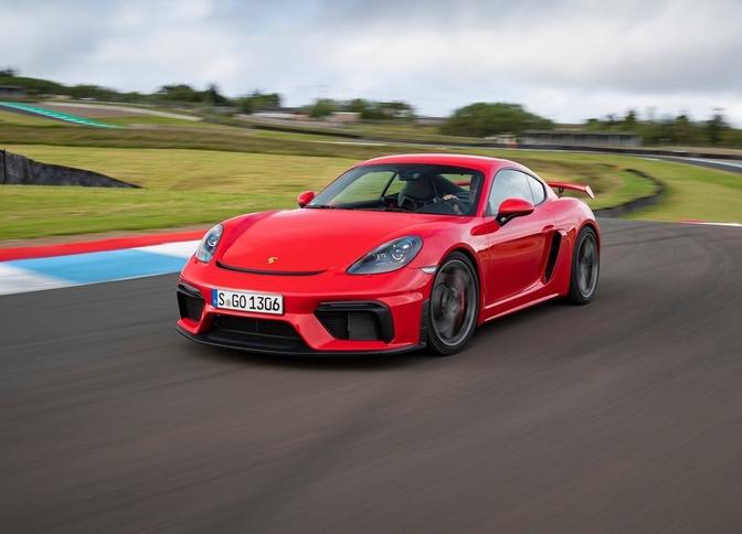 Porsche 718 Cayman GT4 2020 rijtest video