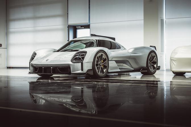 Porsche Unseen 919 Street