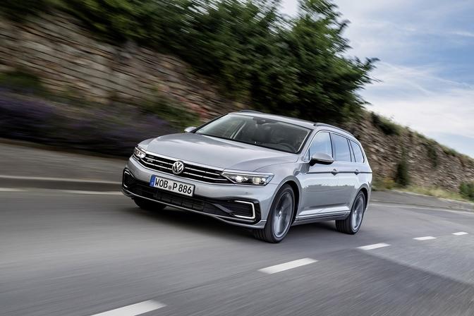 Rijtest: Volkswagen Passat GTE (2020)