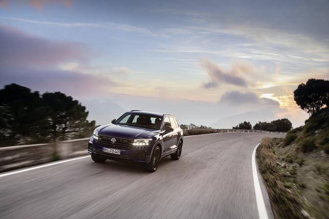 Volkswagen Touareg R hybride SUV 2020