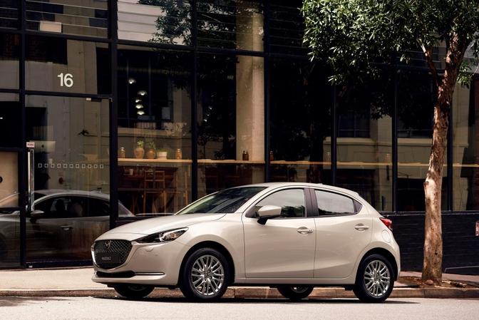 Mazda2 mY2021