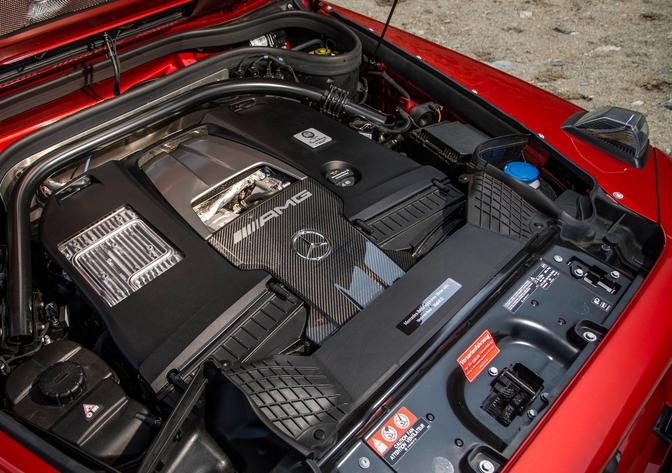Mercedes V8 MY2022 USA