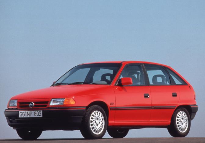 Opel Astra F 30 years
