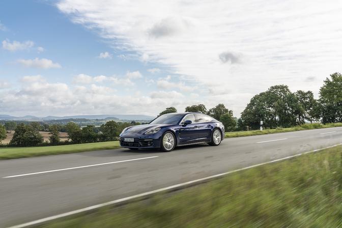Porsche Panamera 4S E-Hybrid rijtest