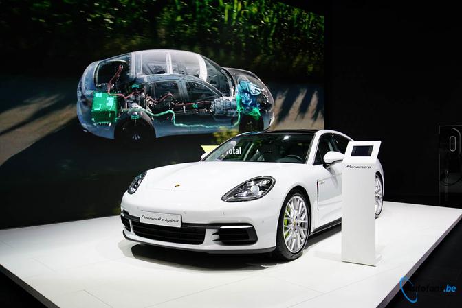 Porsche Panamera E Hybrid Beleeft Belgische Premiere Autosalon