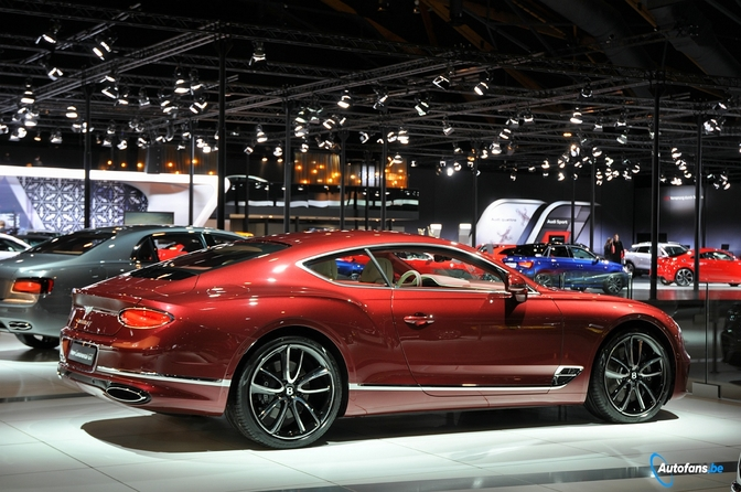 kwijlen op de bentley continental gt autosalon brussel 2018 autofans. Black Bedroom Furniture Sets. Home Design Ideas