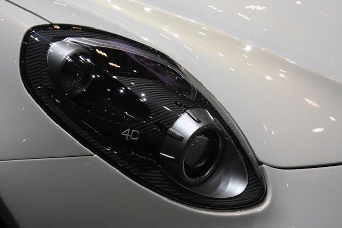 alfa romeo 4C headlight