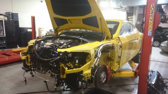 top-gear-seriously-damaged-the-yellow-bentley-gt-v8-s-in-australia_6