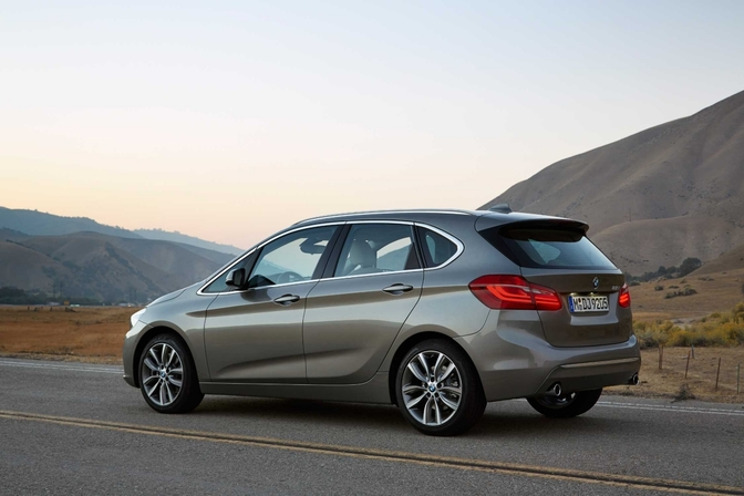 bmw-2-series-active-tourer_10