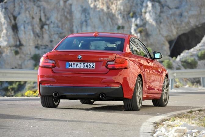 BMW-M235i-leaked