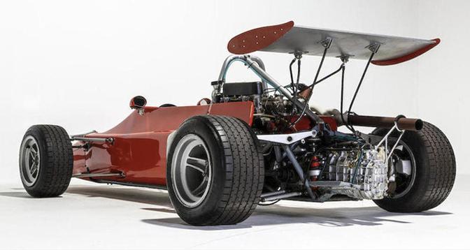 abarth-racecar-veiling_01