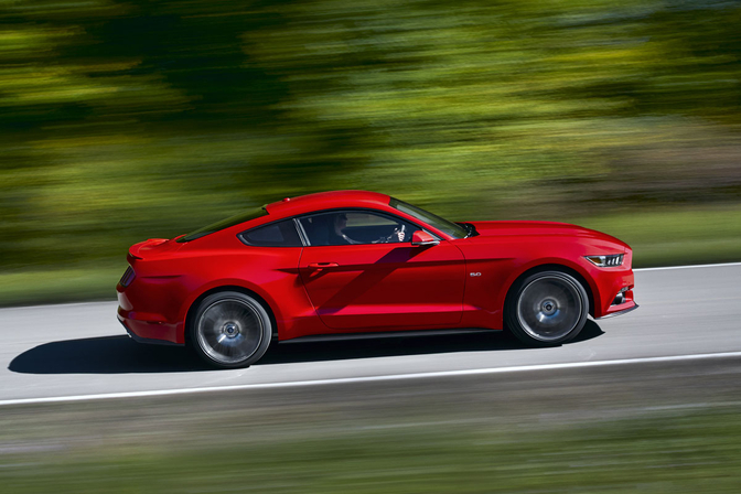 2015-ford-mustang-ecoboost_03