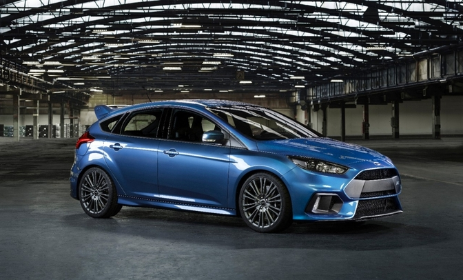 ford-focus-rs-2016-005