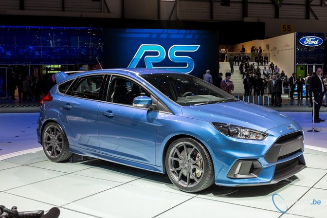 ford-focus-rs-geneve-2015-105