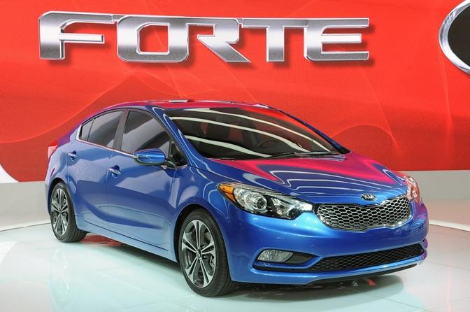 Live in LA 2012: KIA Forte