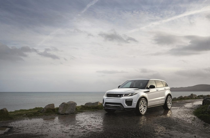 range-rover-evoque-facelift-2015_01
