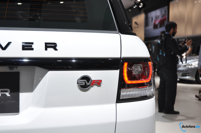 range-rover-sport-svr-parijs-201_05