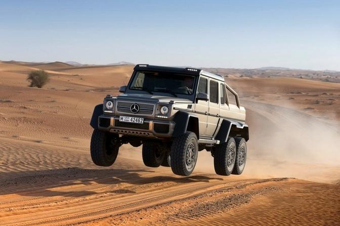 Mercedes G63 AMG 6x6 kost 476.952 euro