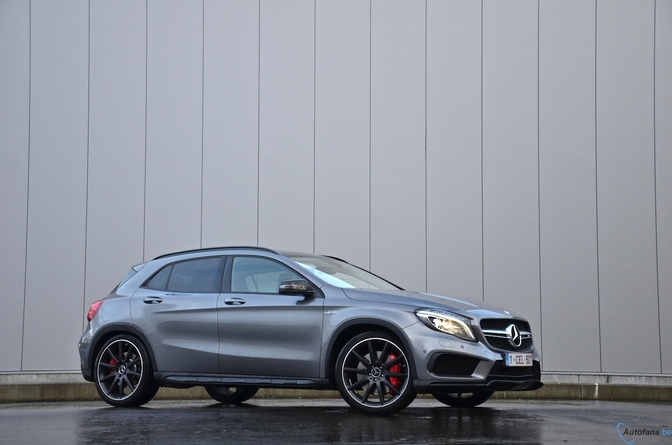 Rijtest: Mercedes GLA45 AMG