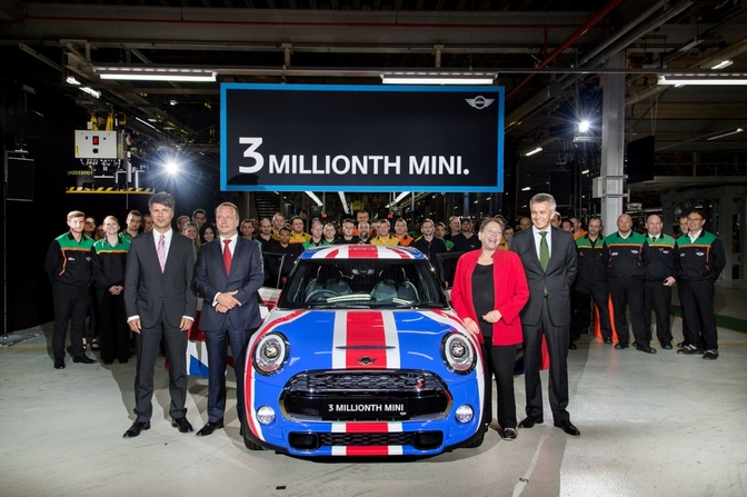 3-millionth-mini-from-oxford-plant-002-1