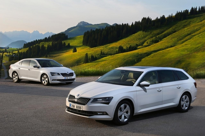2015_skoda_superb_greenline