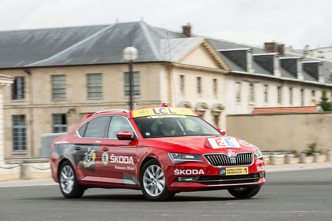 skoda-superb-tour-de-france_2