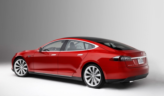 tesla-model-s-lang-render