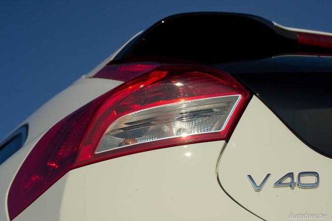 Rijtest: Volvo V40 D2