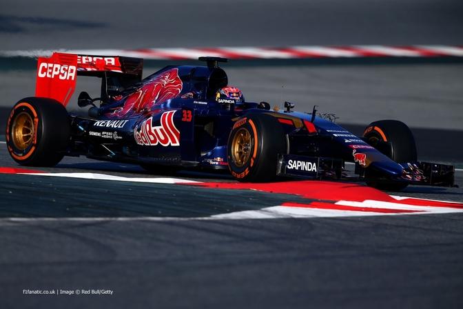 max-verstappen-toro-rosso-f1-testing-barcelona-2015