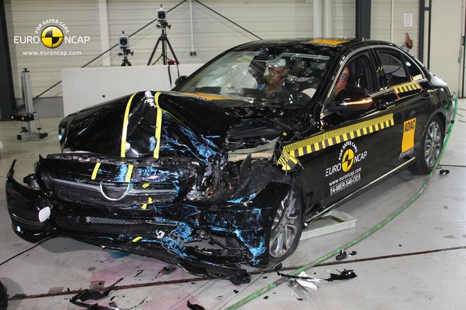 mercedes-c-klasse-euroncap-crashtest