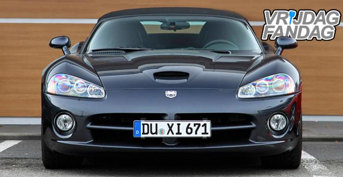 Vrijdag-Fandag-Dodge-Viper-SRT10