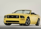 2004-ford-mustang-gt-convertible